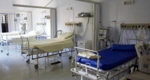 Коронавирус выявил нехватку и врачей, и больничных коек в Крыму