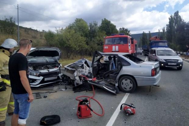 ДТП на трассе «Севастополь – Ялта»: трое пострадавших