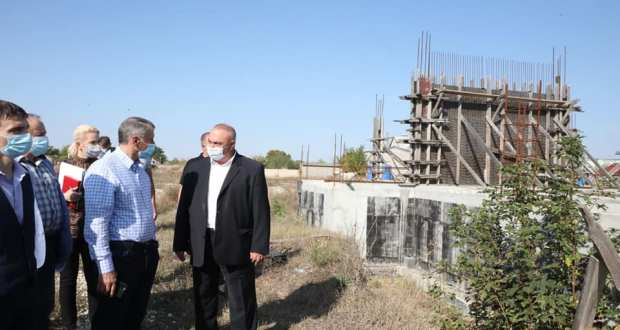 Владимир Константинов: в Крыму сроки сдачи объектов и ввода их в эксплуатацию нужно сократить вдвое