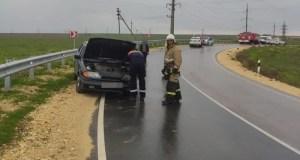Крымские спасатели оказали помощь в ликвидации последствий ДТП на дороге «Черномрское - Оленевка»