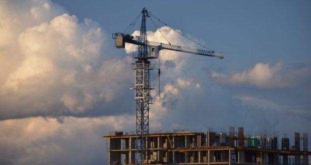 Власти Севастополя хотят строить и выдавать служебное жилье для бюджетников