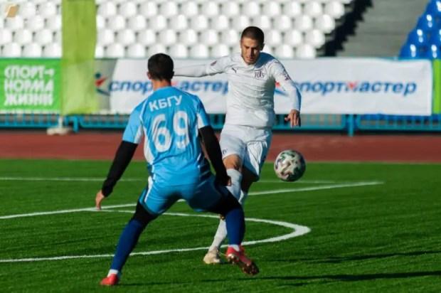 Сборная КФУ сохранила лидерство в Премьер-группе НСФЛ