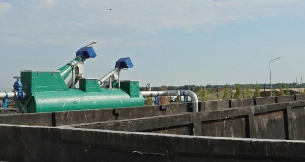 В Крыму «обмен» стальных труб на полиэтиленовые привел к уголовному делу