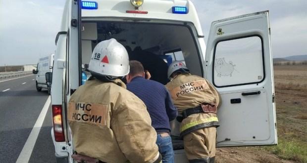 ДТП в Ленинском районе: с трассы «Таврида» вылетел «Nissan Micra»