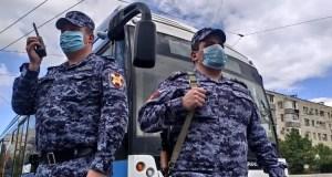 В Севастополе мужчина устроил дебош в троллейбусе. Не хотел платить