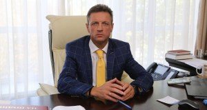 Министр здравоохранения Крыма открыл свою WhatsApp-приемную