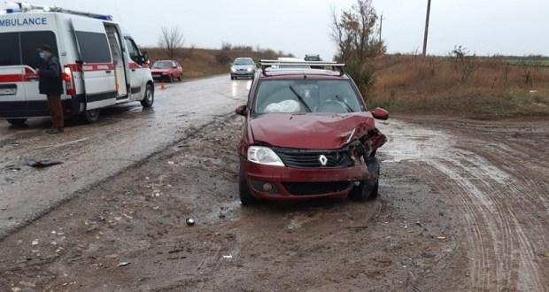 Утреннее ДТП в Симферополе: пострадал водитель ВАЗа