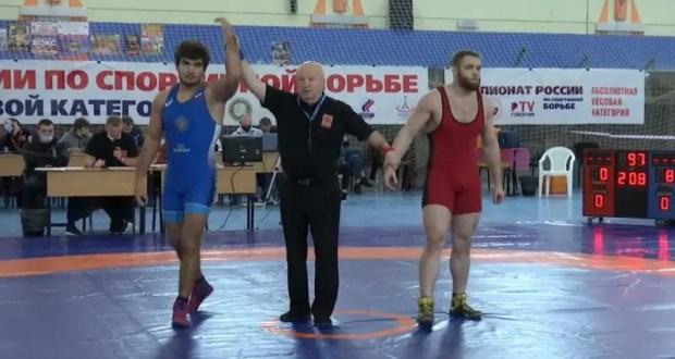 Азамат Сеитов из Севастополя - чемпион страны по греко-римской борьбе