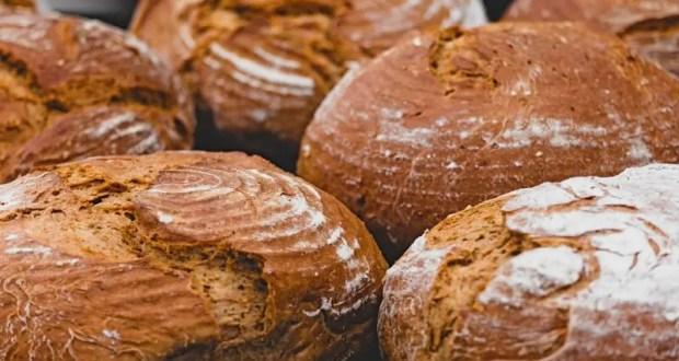 В Крыму выплаты на хлеб теперь можно оформить через интернет