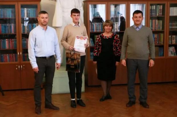 В Севастополе наградили победителей конкурса сочинений памяти Амет-Хана Султана