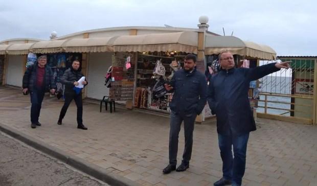 Проверяющие выявили нарушения размещения НТО в курортных поселках Крыма
