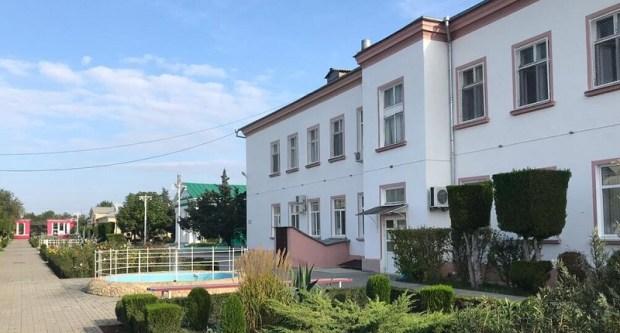 Лечение и реабилитацию в евпаторийском санатории «Искра» прошло свыше тысячи детей