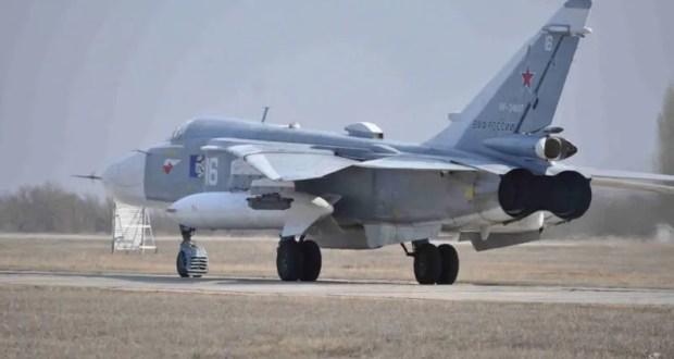 Экипажи бомбардировщиков Су-24М морской авиации ЧФ уничтожили корабли условного противника