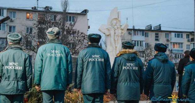 Трагедия, которую невозможно забыть. В Евпатории почтили память жертв декабрьского взрыва