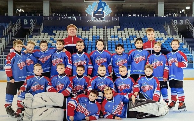В Симферополе создан первый хоккейный класс