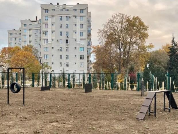 Завершилось благоустройство сквера Севастопольских курсантов