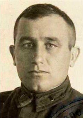 В Симферополе росгвардейцы почтили память первого начальника вневедомственной охраны Крыма