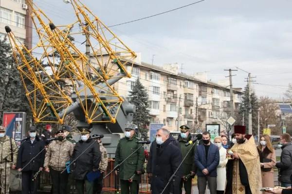 В Симферополе теперь есть Аллея космонавтики