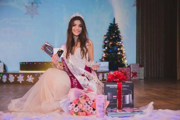 В КФУ выбрали самую красивую студентку. Кто надел корону?