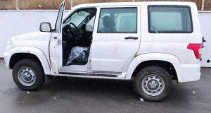 Районные больницы Крыма получили восемь новых автомобилей