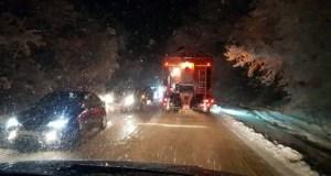 В районе Грушевского перевала погода устроила автомобилистам армагеддон