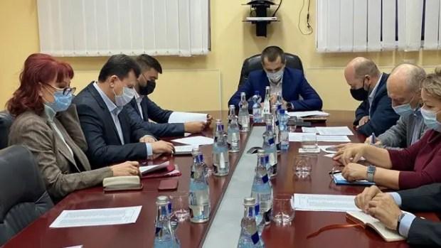 Кадровый вопрос предприятия «Титановые Инвестиции» в Армянске - на контроле Совмина Крыма