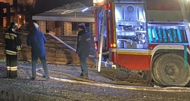 Вечерний пожар в Севастополе: спасены два человека