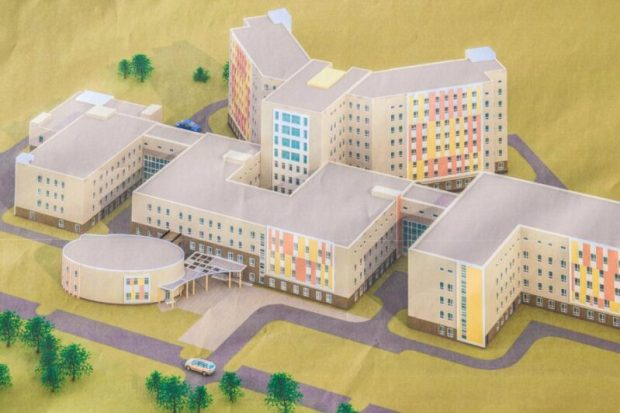 Площадка под севастопольскую больницу скорой помощи подготовлена на 80%