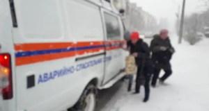 Как спасали людей из дорожного снежного плена в Крыму