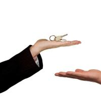 Налоги при сдаче недвижимости: кто, кому и сколько должен
