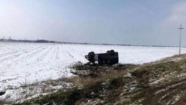 ДТП в Крыму - водители не справились со скоростью и погодными условиями