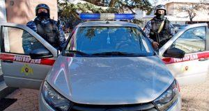 В Симферополе задержали разбушевавшегося на улице мужчину - раскурочил машину
