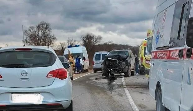ДТП в районе Орлиновского моста, под Севастополем: шестеро пострадавших