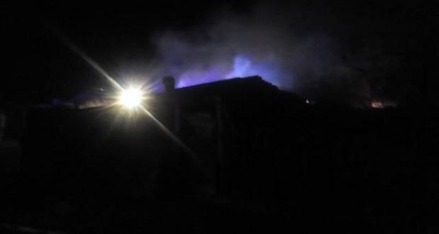 Ночной пожар в Кировском районе Крыма – горело частное подворье