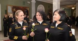Командующий Черноморским флотом поздравил женщин с Международным женским днем