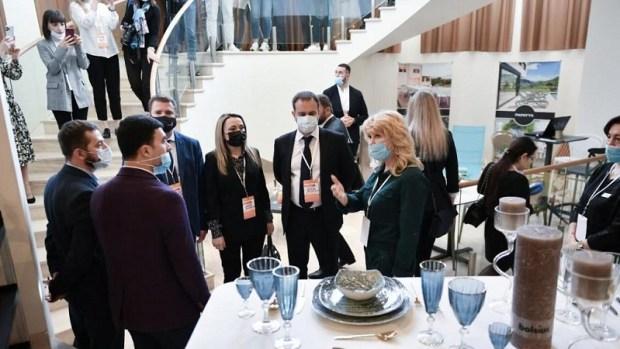 В крымских учебных заведениях будут преподавать основы гостеприимства