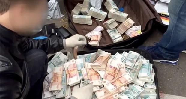 В Крыму задержали банду «банкиров»