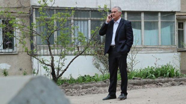 Сергей Аксёнов продолжил объезд микрорайонов Симферополя