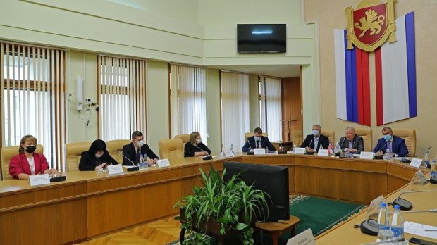 Политолог Александр Форманчук избран руководителем Общественной палаты Крыма