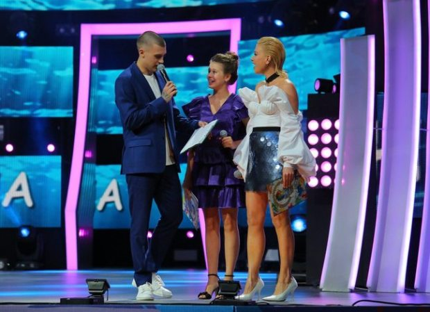 В «Артеке» проходит финал конкурса молодых исполнителей «Детская Новая волна–2021»