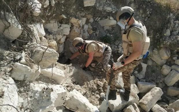 Пиротехники Центра «Лидер» приступили к работам по разминированию крепости «Керчь»