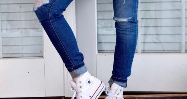 Широкие, узкие, синие, белые... Джинсы - мода снова кричит