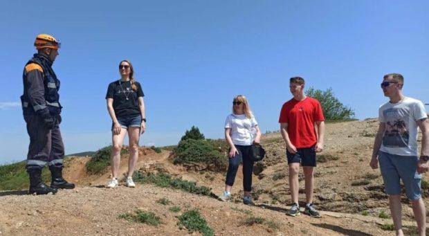 """Майские """"каникулы"""" в Севастополе: граждане отдыхают - сотрудники МЧС работают"""