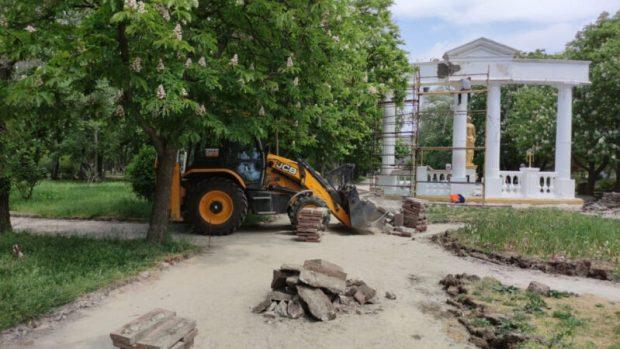 В Феодосии проверили реализацию проекта «Формирование комфортной городской среды»