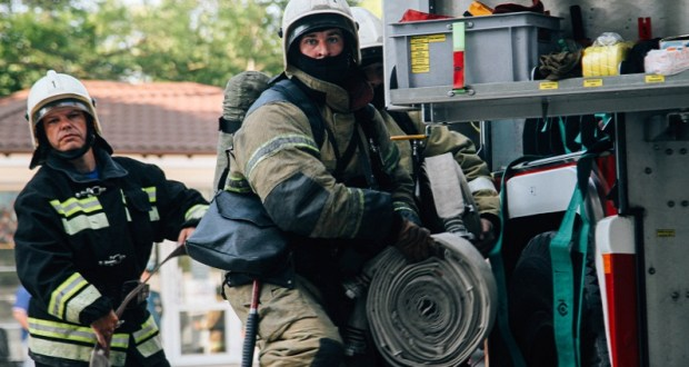 Утренний пожар в Севастополе – горел третий этаж административного здания
