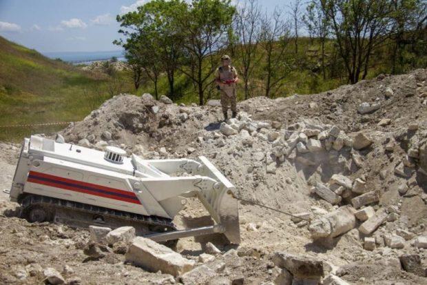 В Крыму продолжаются работы по разминированию крепости «Керчь»