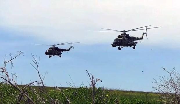 Украинские военные провели учения вблизи границы с Крымом