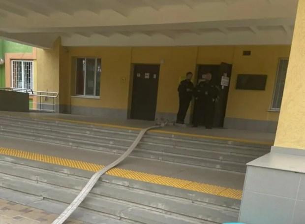 Нетрезвая женщина «заминировала» здание детской больницы в Симферополе