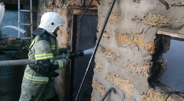 На пожаре в крымском поселке Гвардейское погиб человек