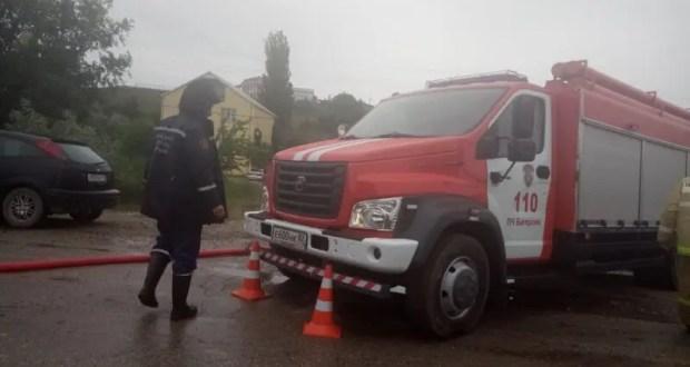 Крымские спасатели ликвидируют последствия подтоплений